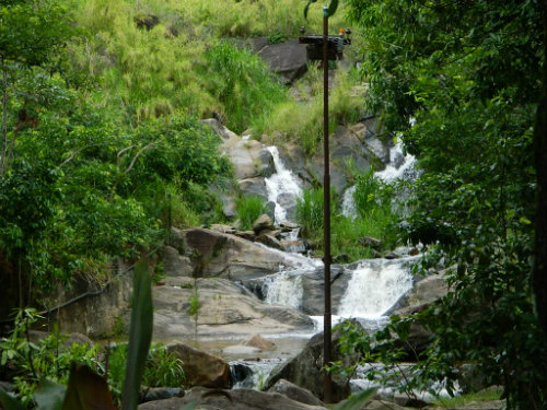 Queda D'água Santa Branca - Foto de Cariocando por aí